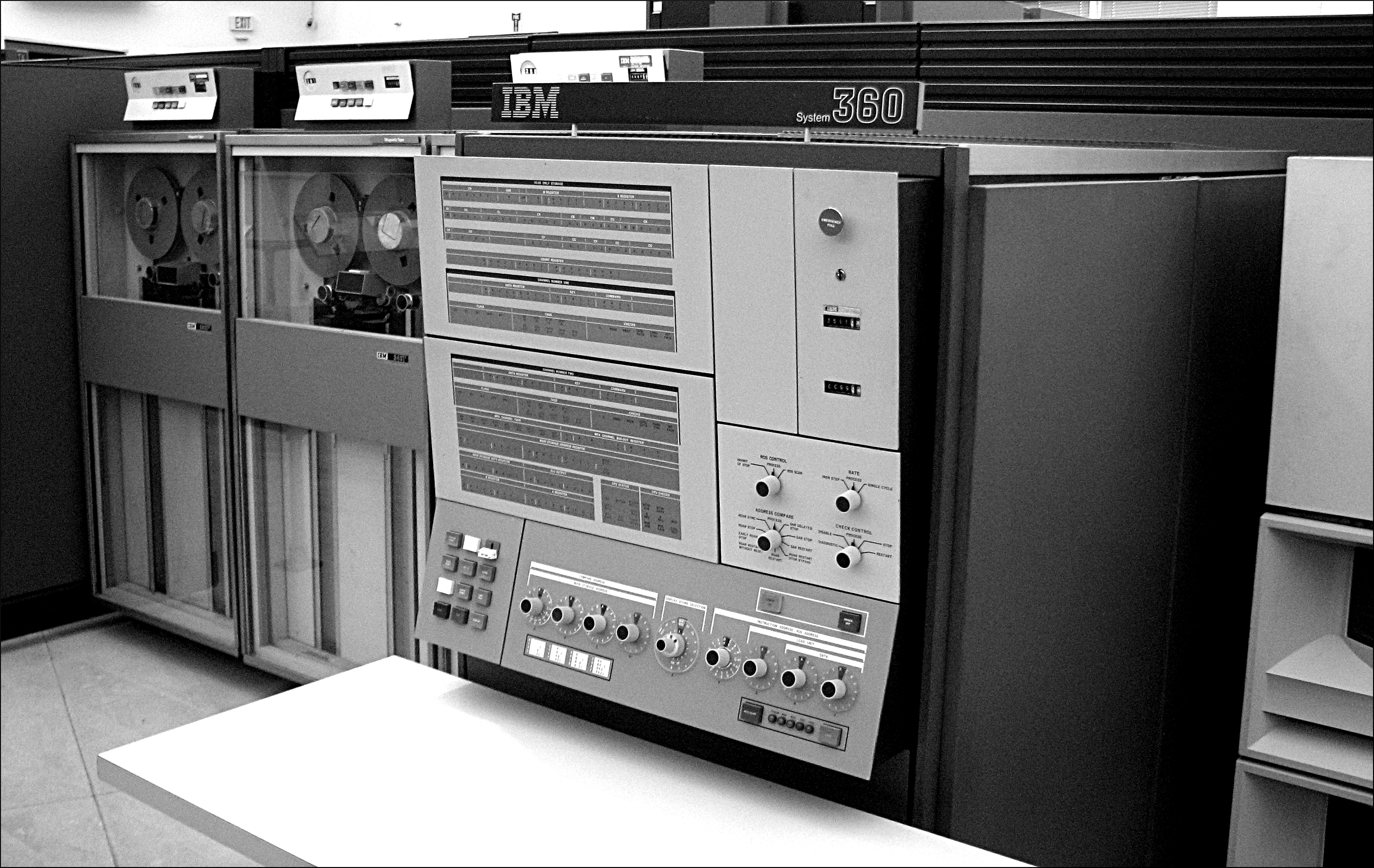 TEX/images/IBM_System360_Mainframe.jpg